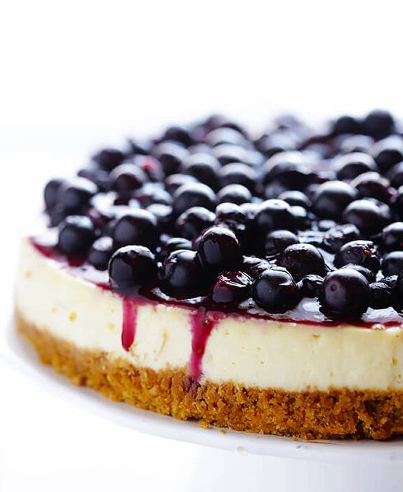 Learn How to Bake Blueberry Cheesecake